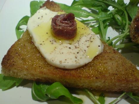 crostini-med-mozzarella-och-sardell