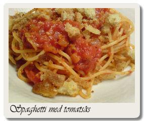 Spaghetti med tomatsås och brödsmulor
