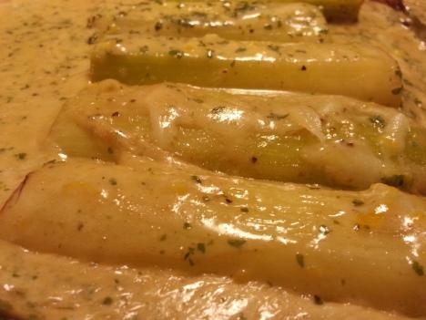 graddstekt-purjolok-med-citron-persilja-och-parmesanost